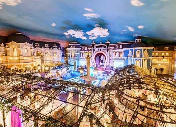 Новогодняя ночь в Париже