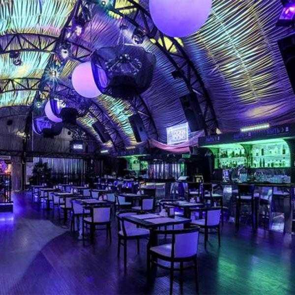 Вечеринка в клубе Lookin Rooms 2