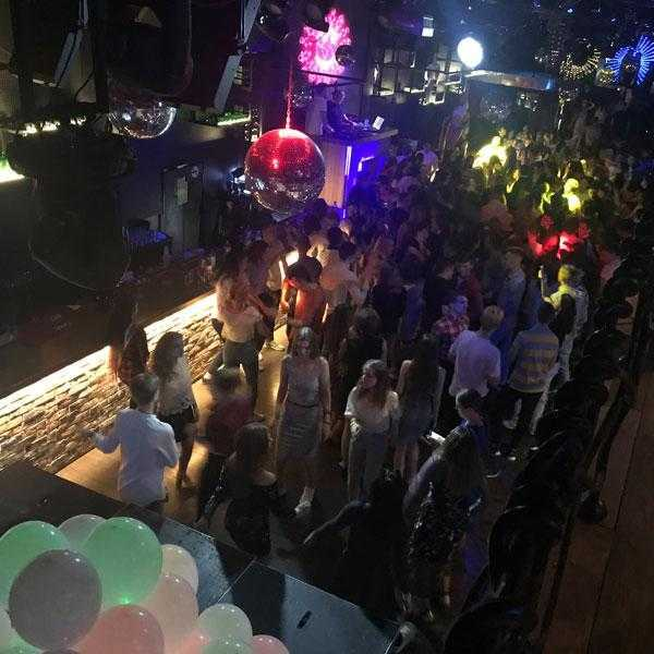 Вечеринка в клубе Lookin Rooms 3